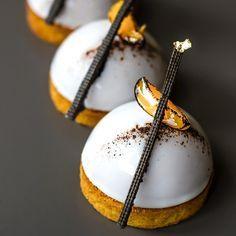 Mousse à la Vanille (with a hint of apricot.)