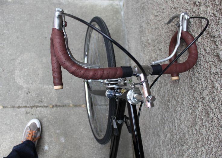 "Obscure 70's Portuguese brand ""Velo Portugal, Santarém"" - vintage bike rebuild. All original vintage parts from Portuguese brands FAPRIL and FREFIL + Brooks leather"