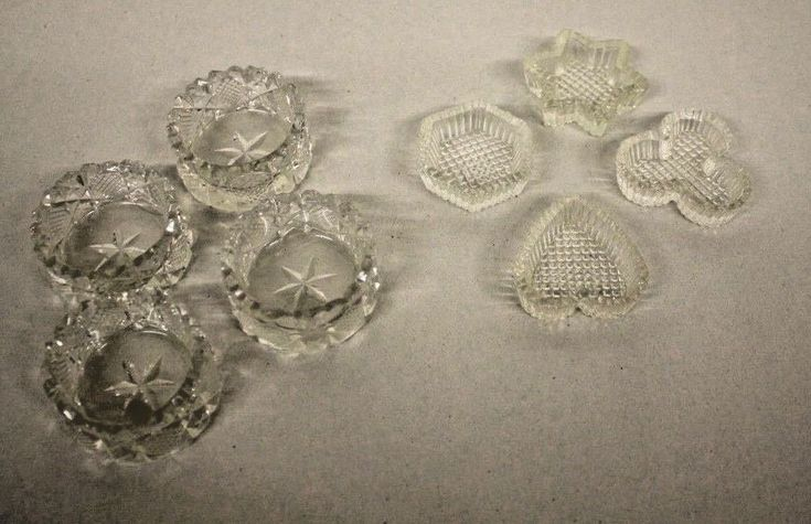 Lot/8 Vintage 2 Patterns Crystal Pressed Glass Individual Open Salt Dips Cellars