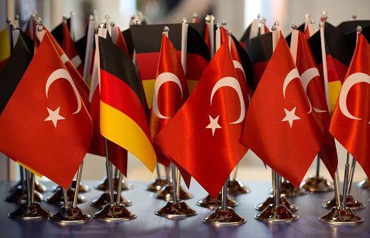 Nach der Türkei-Wahl: Wir brauchen eine neue Integrationspolitik. Ich widerspreche: Wir benötigen keine neue Integrationspolitik. Nur die Türken, Marokkaner und Libanesen weisen Integrationsverweigerung auf.  Schaut man sich hingegen Zugewanderte aus Ländern Ost-Asiens an, sieht man sehr deutlich, dass Integration eine Willenssache ist, die man nicht fördern muss. Ich verweise auch auf die ersten Gastarbeiter der 70er Jahre, die sich, bis auf die Türken, alle gut integriert haben. Woran mag…