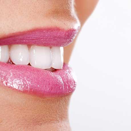 http://impoodontologia.com.br/aparelho-dentario-transparente.php  Atuamos com a instalação de aparelho dentário transparente e várias outras especialidades odontológicas. Contamos com consultórios e instalações equipadas para oferecer muito conforto aos pacientes que precisam colocar aparelho dentário transparente.