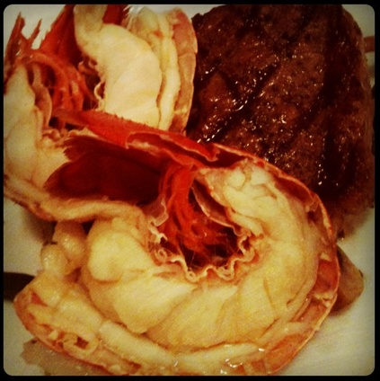 Feast & Frolic Surf n Turf with @Chef Michael Smith #PEI #shellfish #festival www.fallflavours.ca Photo by Chef Ilona