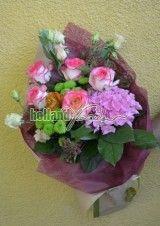 Buchet cu trandafiri hortensia si eustoma