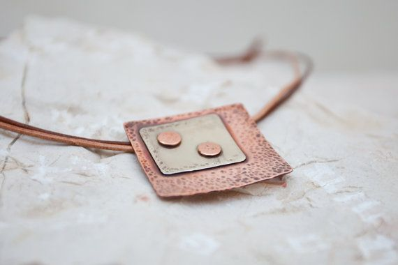Square pendant made from copper and nickel brass by BelisamaCrafts, €22.00 #pendant #jewelry #jewellery #copper #brass #metalwork #hammered