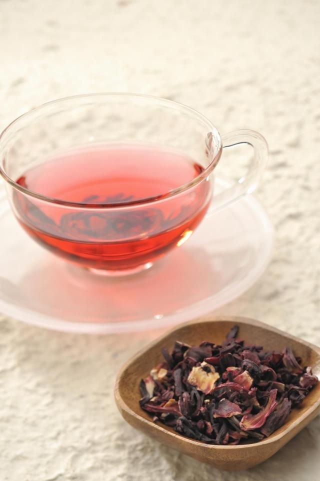 Get the lowdown on the healing benefits of hibiscus #tea. Find out about research, side effects and tips on using this popular herbal tea.