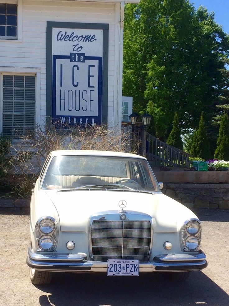 The Ice House Winery - Niagara On the Lake, ON, Canada