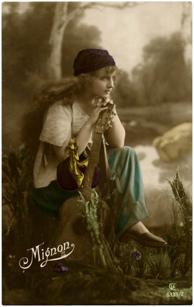 Stunning Vintage Gypsy Photo! - The Graphics Fairy