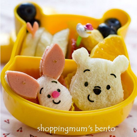 Cute bento box lunch ideas for kids // Winnie the pooh and piglet sandwiches