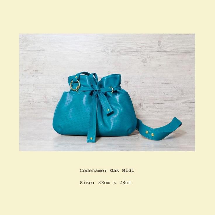 Oak Midi in bluebloom
