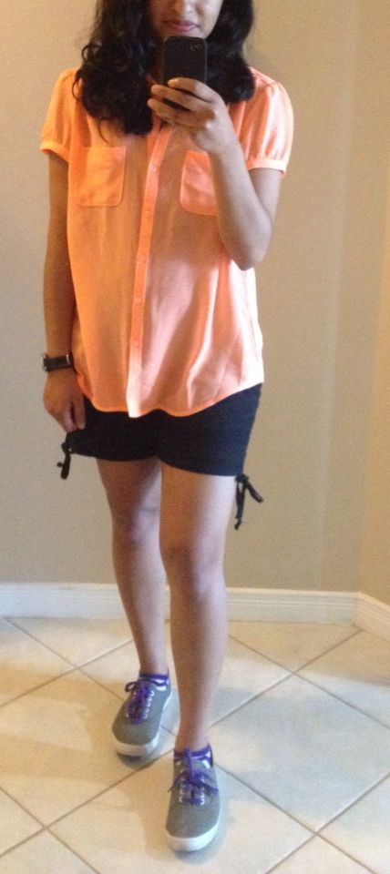 Summer flow. Long neon tee with shorts