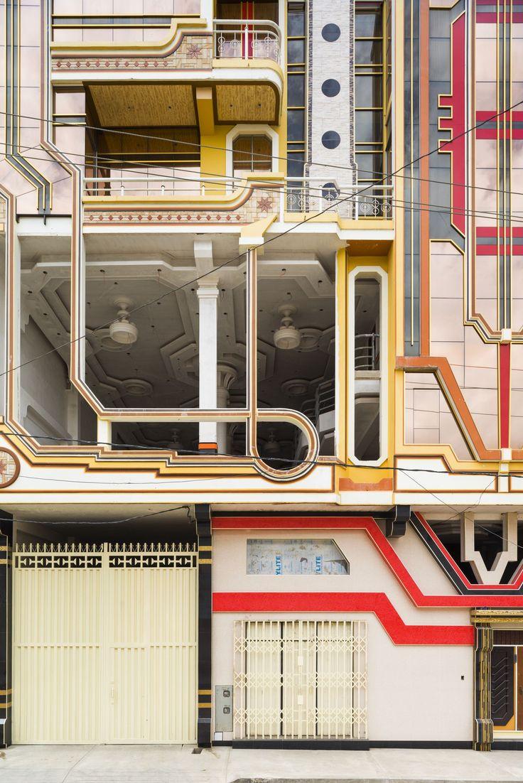 A Freddy Mamani Silvestre building currently under construction El Alto, Bolivia