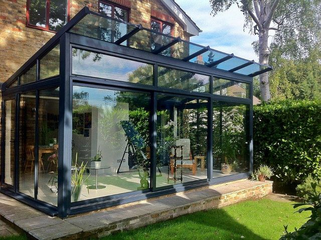 Small glass structure google search bd bomba for Glass rooms conservatories