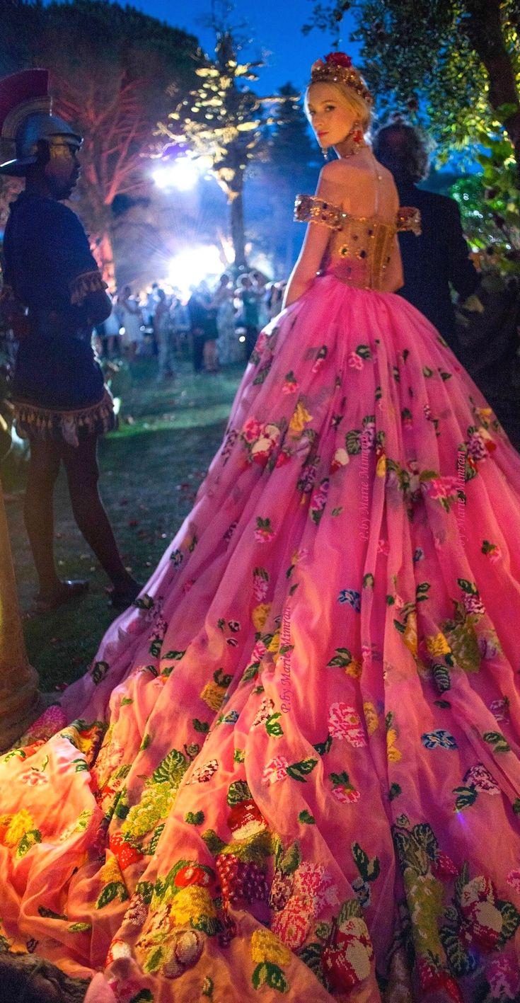 fae dress at court  Dolce & Gabbana HC 2015- Roman centurion and Renaissance