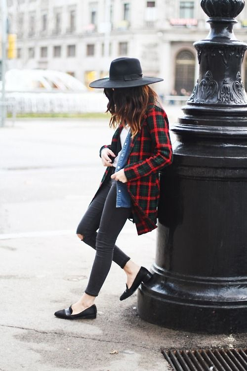 How to Wear Red: 30 Outfits to Copy | StyleCaster