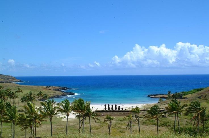 Anakena Beach, Easter Island, Chile.