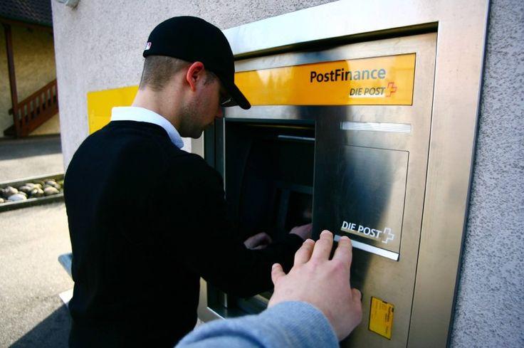 Nachricht: Privatbank: Schweizer Bank führt Negativzinsen ein - http://ift.tt/2eJE0VG #nachrichten