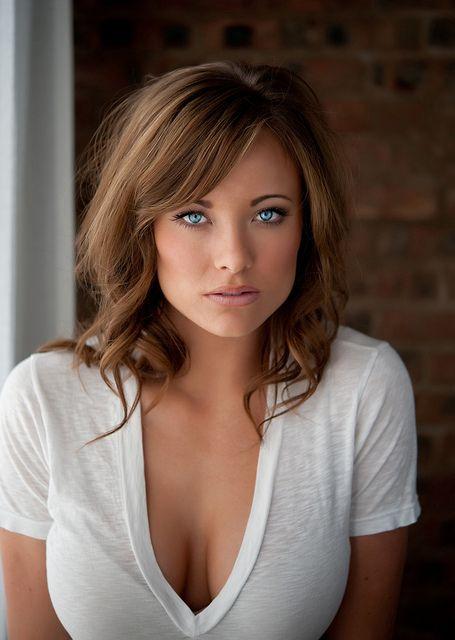 Lovely eyes...like those on a goddess. www.lunarisen.com   #eyes #goddess