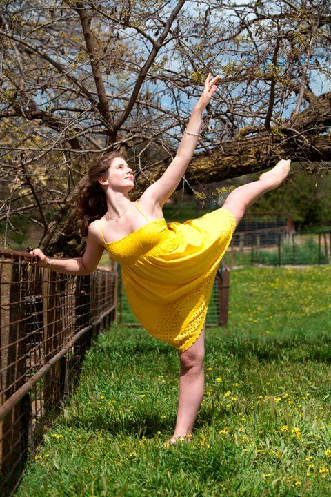 Just makes me feel happy looking at this- a nice sunny day with happy colours- Xenia Goodwin from Dance Academy