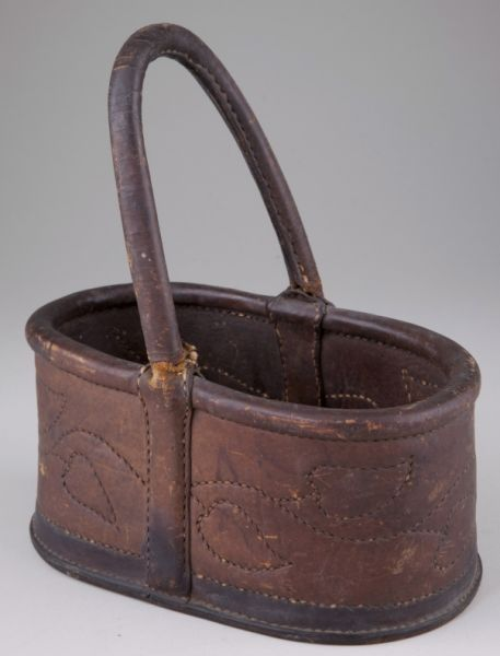 301: Virginia Leather Key Basket, 19th century : Lot 301