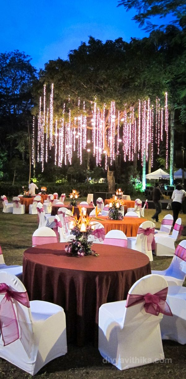 Heres The Wedding Decor And Table Layouts For A