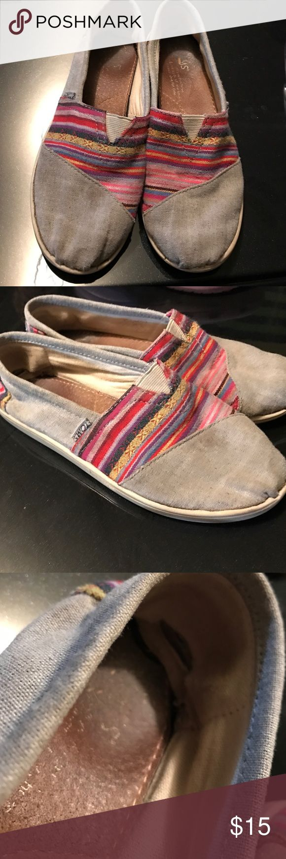 Girls Toms Good condition, some wear but no holes. There is signs of wear on the inside show in pics. TOMS Shoes Sneakers
