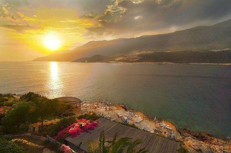 Korsan Ada Hotel tatiliniz için en uygun koşulları sağlayarak güzel vakit geçirmenize olanak sağlar.  www.korsanadahotel.com #kaşotel #hotelkaş #otel #tatil #deniz #kaş #antalya