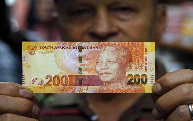 عملة جنوب أفريقيا تصعد 1 8 بعد بيانات التضخم مباشر صعدت عملة
