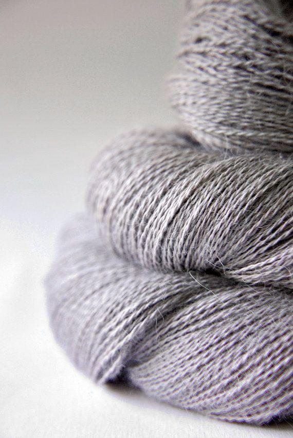 Death's kiss - BabyAlpaca/Silk Lace Yarn