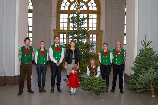 December 17, 2013  Home Christmas trees at the Royal Palace, Stockholm This morning, Princess Victoria and Estelle attended the arrival of the Christmas trees at the Royal Palace in Stockholm. These are offered by the University of Agricultural Sciences. A small tree was donated to Estelle to put in Haga Palace.