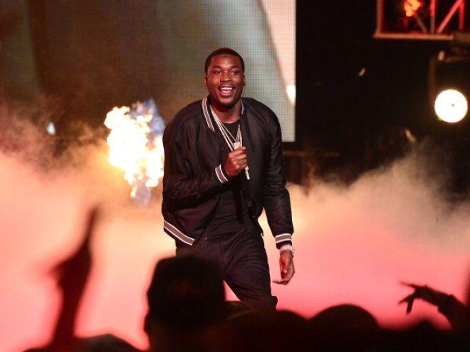 Watch Meek Mill Blast Drake Over 'R.I.C.O.' Verse Again - MTV