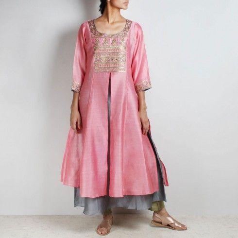 Buy Chanderi Hand Embroidered sequined Pink Kurta with inner Online