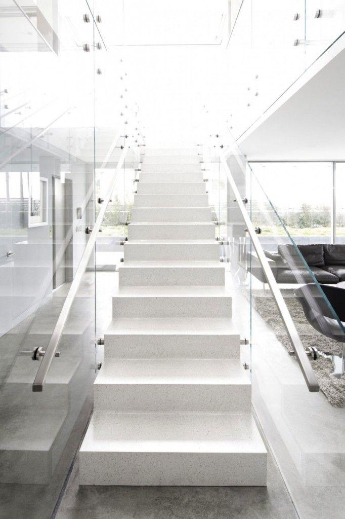 Flip Flop House by Dan Brunn | Archifan Blog