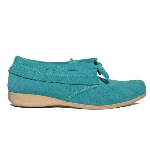 Sepatu Kulit Ankle Boots Wanita Voila Tosca Rp 390.000 $ 40  Sepatu Kulit Ankle Boots wanita Voila Tosca. Dibuat dari kulit asli di luar dan dalam. Dilengkapi dengan strap permanen untuk menguatkan posisi sepatu di kaki dan mempermanis tampilan. Sepatu ankle boots ini memiliki tumit flat terbuat dari karet yang tebal dan empuk,  Sepatu Kulit ankle boots nyaman digunakan wanita untuk bekerja atau jalan-jalan santai. Sepatu Kulit Ankle Boots wanita Voila Tosca kuat dan nyaman  #sepatuwanita…