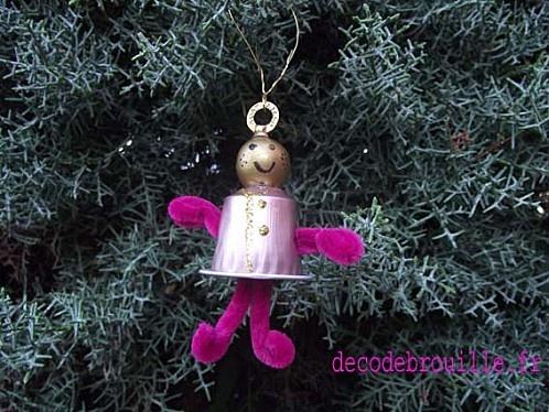 Des dcorations de Nol avec des capsules de caf  NESPRESSO  Recyclage  Decoration noel