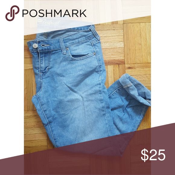 Old Navy Women's Boyfriend Jeans size 2 These have been worn 10 times at max, I would recommemd them for someone that is normally a size 4 since they're a little too big in the waist for a size 2 Old Navy Jeans Boyfriend