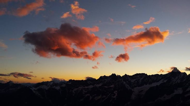 Tramonto al Plateau Rosà oggi 16.07.2014 Sunset to the Plateau Rosà today   photo by Rifugio Guide del Cervino  #cervino  #guidealpinedelcervino #breuilcervinia #valtournenche #aostavalley #landscape #italy #montagna #mountains #mountain #mountainphotos #alps #alpi #alpinismo #skyrunning #runner #running #instarunners #sportdimontagna #instatrail #mountainlover #wildlife #clubdeskivaltournenche