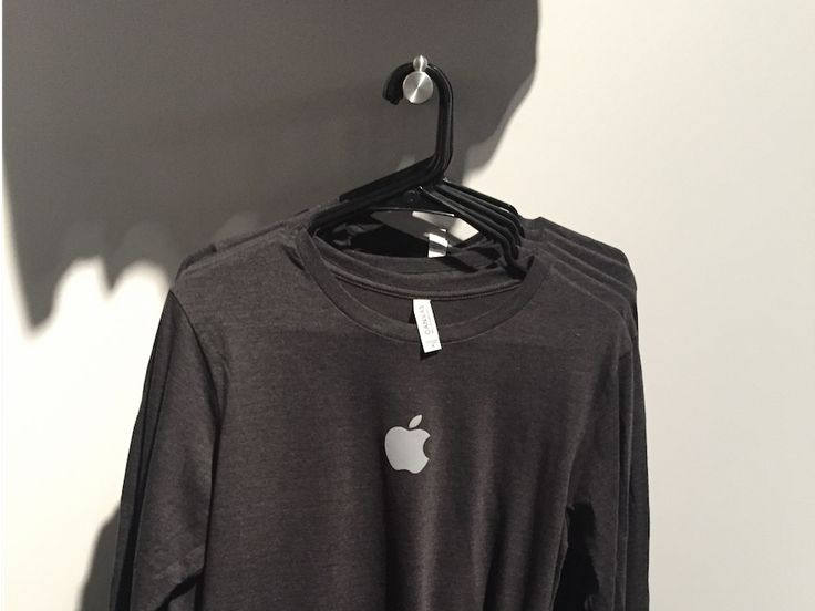 Official Apple t-shirts are hard to find.  For people who aren't employees, there's usually only one place to buy them or other official Apple swag: the company's headquarters at 1 Infinite Loop.  But once a year there's an exception to that rule.