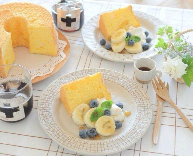 バナナとブルーベリーとシフォンケーキ