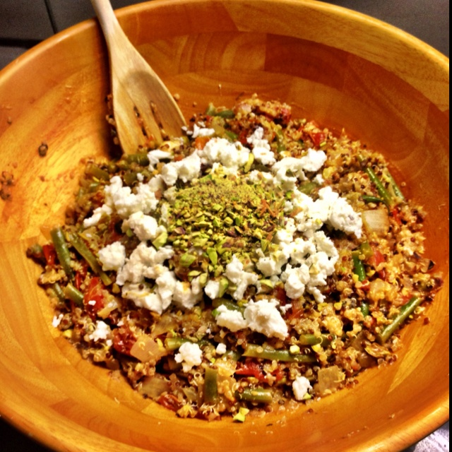 ... Red quinoa, lemon juice and rind, green beans, cherry tomatoes, onions