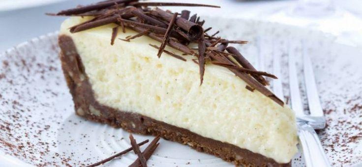 Aprende a preparar esta torta fácil sin horno en solo 2 pasos.