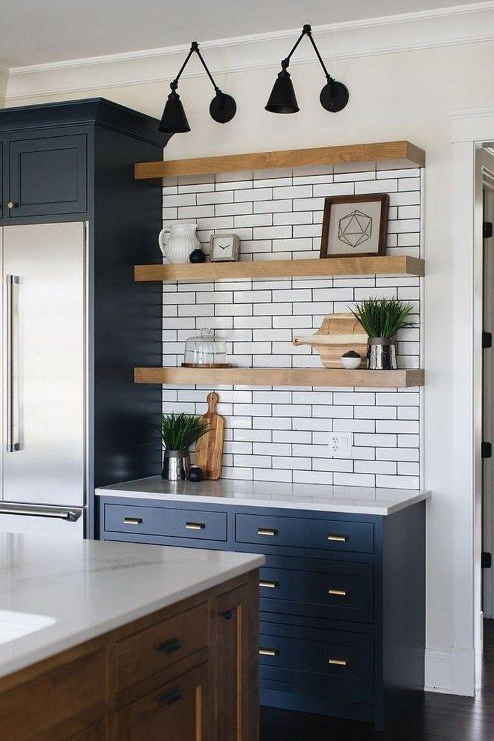 20+ Perfect Farmhouse Kitchen Decorating Ideas For 2018