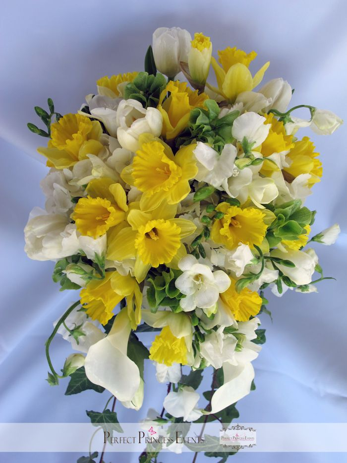 spring showers bouquet daffodils-#2