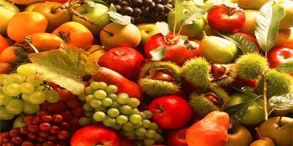 Disegni di frutta e foglie autunnali (con relativi nomi) da colorare