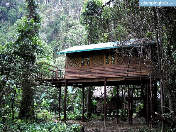 These terrific eco tree lodges are situated in the middle of a privately owned, quiet and peaceful rainforest. This place offers exotic wildlife as well as tropical fauna.  Khao Sok National Park truly is a dream destination with a goal to be as sustainable and environmentally conscious as possible. This facility will definitely satisfy your wanderlust in eco-friendly style.