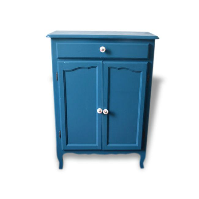 1000 id es propos de meubles peint en bleu sur pinterest peinture de craie bleue meubles. Black Bedroom Furniture Sets. Home Design Ideas