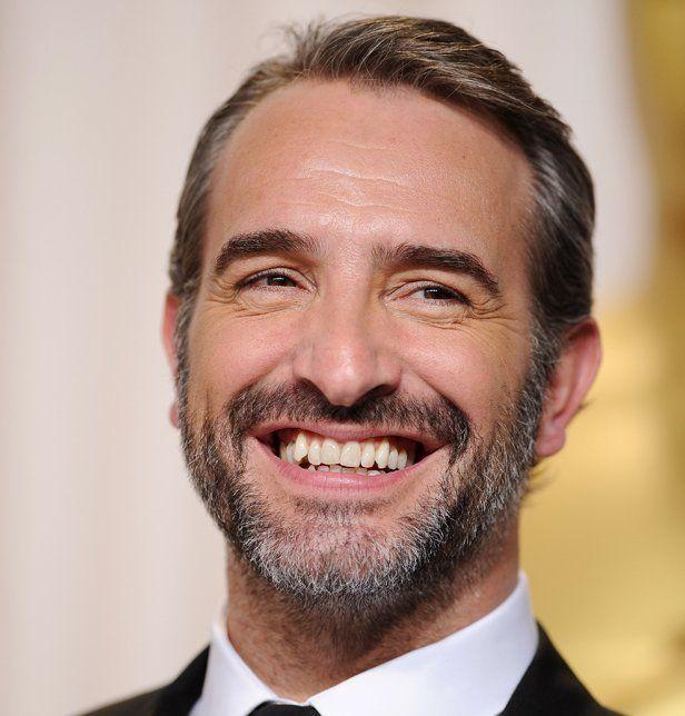 Avec ou sans barbe, comment préférez-vous les hommes ? Moi perso, je préfère SANS !! Pourquoi des beaux mecs éprouvent-ils le besoin de se défigurer avec tous ces poils ?