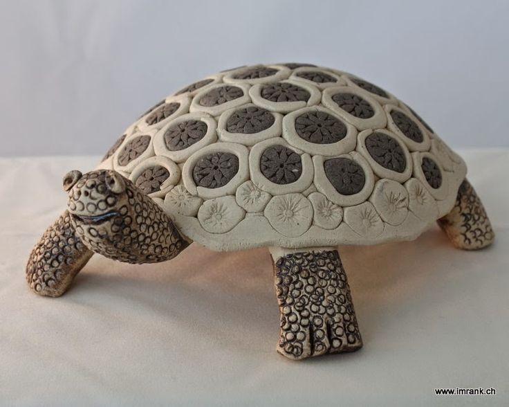 Keramikatelier im Rank: Die Schildkröte - ein mystisches Tier
