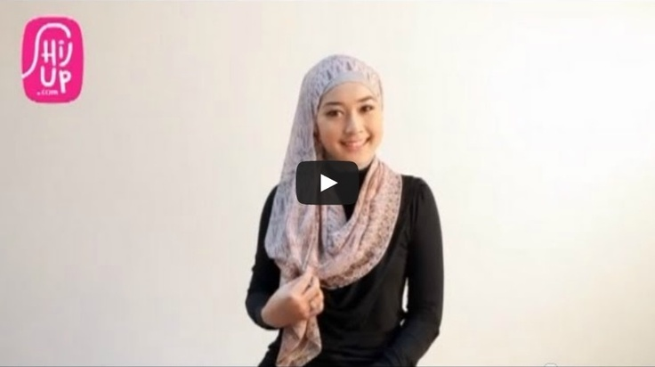 HIJAB TUTORIAL STYLE 16  Check the designers collections at HijUp.com  Get Up with your Hijab and Be Fabulous with HijUp! ♡  Song: Fabulous with HijUp - D.B.E  ___________________________________  Visit our youtube channel and find a lot of hijab inspiration there!  Happy Watching, Dear :)