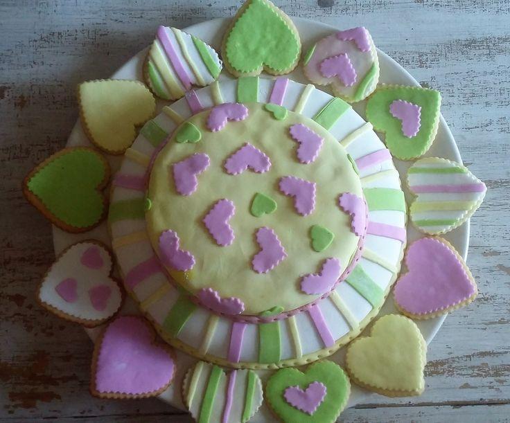 #Torta #corazones #Bdaycake #hearts