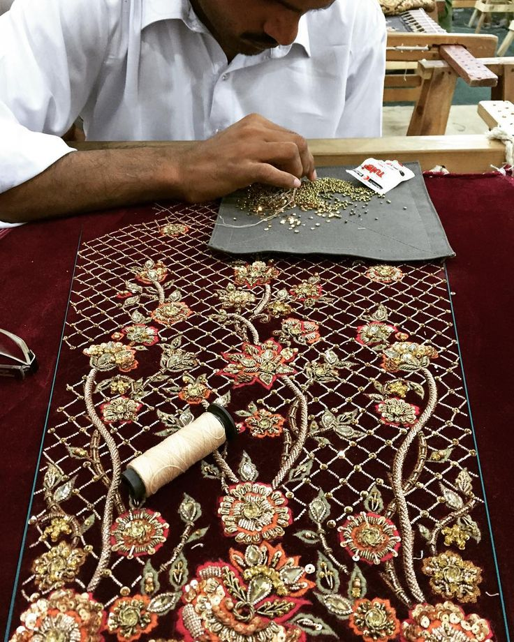 Hours and hours of craftsmanship #jeem #jeemfashion #velvet #maroon #southasia #heritage #pakistan #pakistanweddingstyle #potd #crafts #craftsmanship